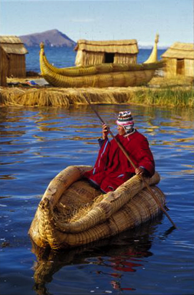 http://inkasperu.com/tours/jpg_files/jpg_photos/titicaca/titicaca_uros_boatman.jpg